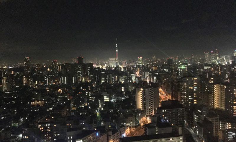 文京シビックセンターから見る東京スカイツリー