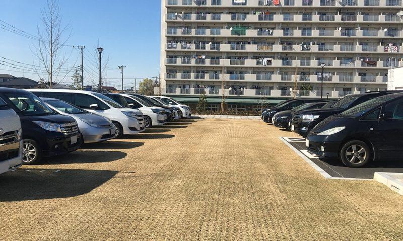 東部交通公園の駐車場