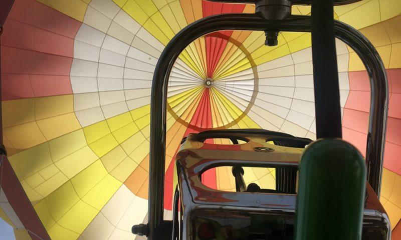 乗り込んだ気球の真下から