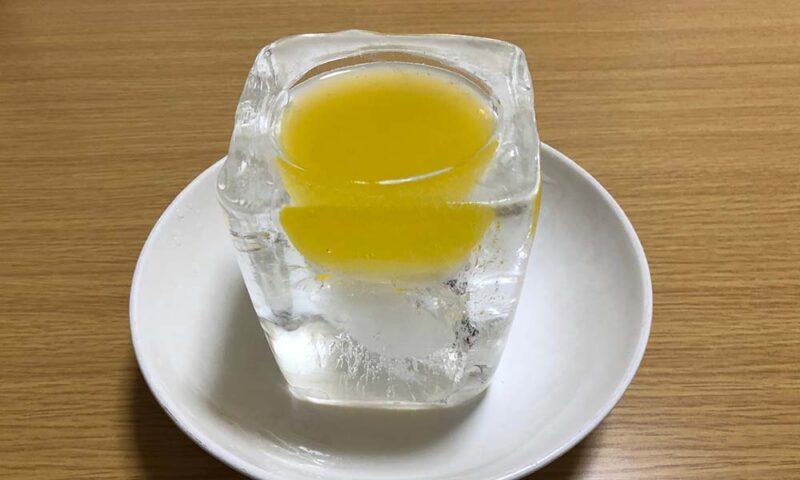 氷の器試作品にファンタオレンジ